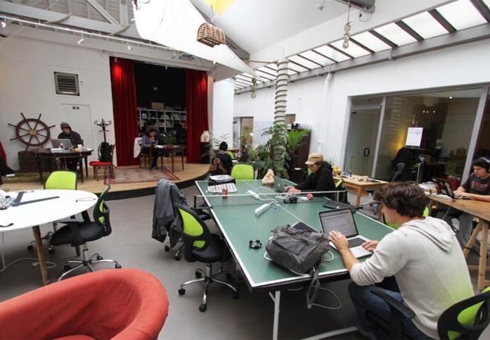les espaces de coworking se multiplient wellstone. Black Bedroom Furniture Sets. Home Design Ideas